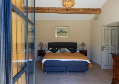 location villa eygalieres 13810 avec piscine 1
