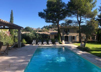 maison location saisonniere 13810 eygalieres avec piscine 1