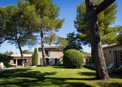 maison location saisonniere mas eygalieres 13810 avec piscine