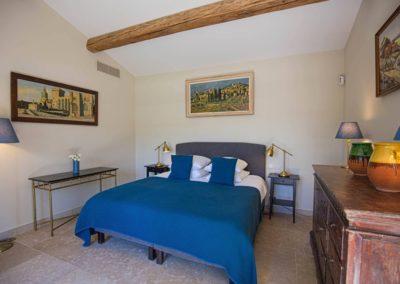 Eygalieres 13810 location saisonnieres Location maison de vacances