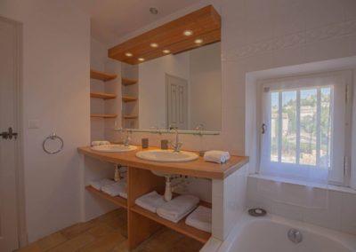 Saint Remy de Provence 13210 location maison campagne Location maison de vacances