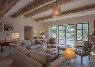 Saint Remy de Provence Eygalieres location saisonnieres location maison campagne